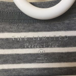The Limited Tops - Long sleeve t-shirt